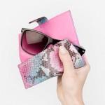 EyFold, un nuevo producto que limpia y protege tus gafas