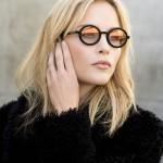 Essilor lanza Transitions® Xtractive™ con Flash to Mirror