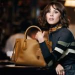 Longchamp celebra París con Alexa Chung