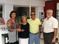 Ópticas y ganadores de la campaña organizada por Prats este verano