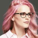 Nueva colección cápsula de Guess Eyewear en apoyo de la lucha contra el cáncer de mama