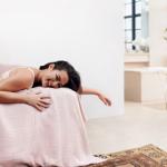 Amazon Moda lanza la primera campaña de su firma de lencería Iris & Lilly