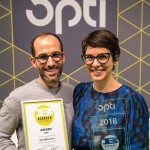 Nina Mûr gana el premio Blogger Spectacle Award en Opti Munich