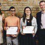 Dos estudiantes de la Universidad de Valladolid ganan la edición 2018 del programa FORCE de CooperVision