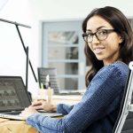 Soluciones visuales de Hoya para el mundo digital